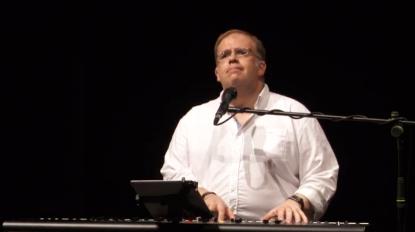 Luta contra o Cancro: Miguel Pires abre o espetáculo no Fórum Machico