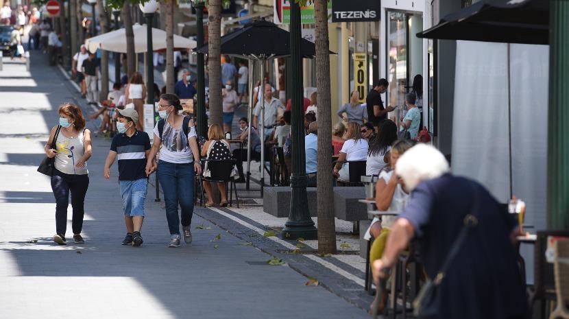Covid-19: Uso de máscara na rua é obrigatório a partir de hoje na Madeira