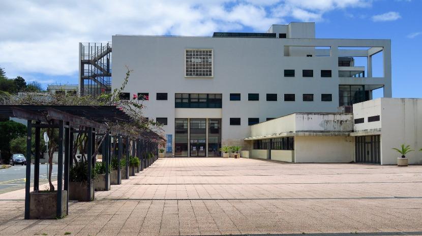 373 estudantes de 703 candidataram-se à Universidade da Madeira