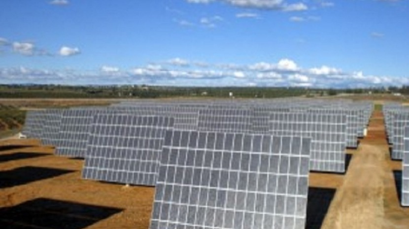 Investigadores de Portugal e Reino Unido propõem desenho de painéis solares mais eficiente