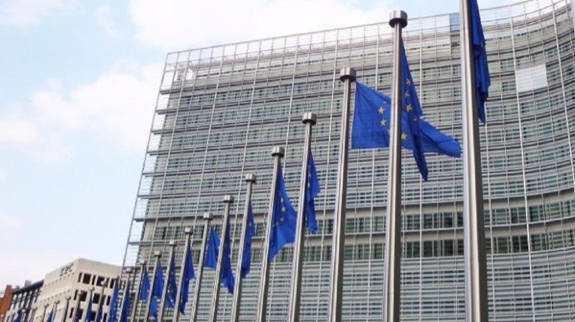 Covid-19: Bruxelas garante vacinas a todos os Estados-membros consoante população