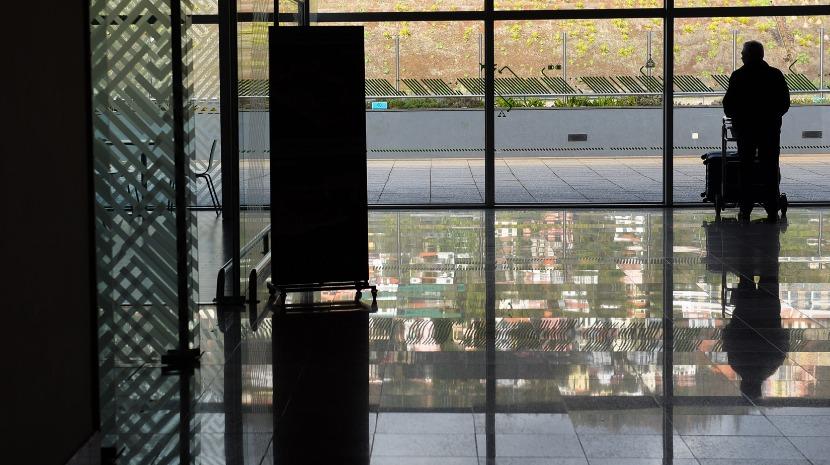 Vento forte no Aeroporto da Madeira obriga avião a regressar a Londres e outro a divergir para Porto