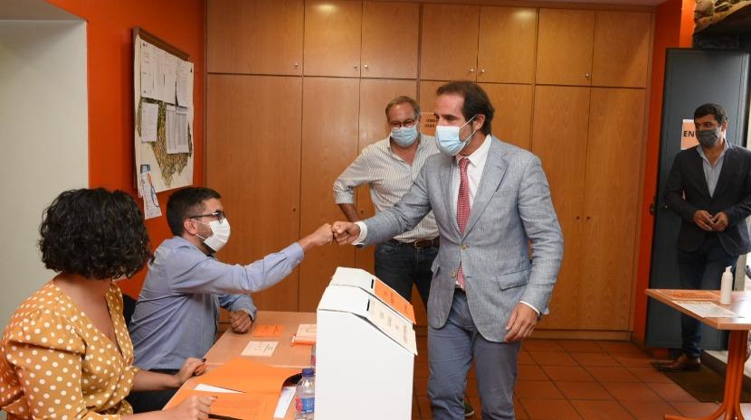"""""""A marca partidária não é essencial"""", diz Albuquerque sobre candidato ao Funchal"""