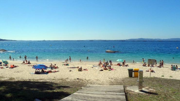Norte sem praias naturistas legalizadas leva praticantes para a Galiza