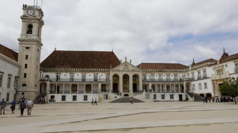 """Covid-19: Estudantes de Coimbra preocupados com """"indefinição nas avaliações"""""""