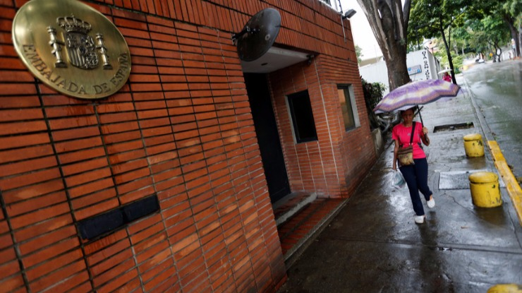 Venezuela: Embaixada espanhola em Caracas atingida com explosivos artesanais