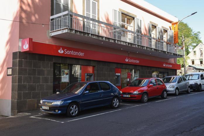Bancos já recusam crédito a particulares de empresas afetadas pela covid-19