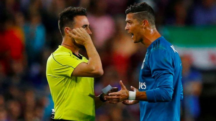"""Ronaldo reage ao castigo: """"Isto chama-se perseguição!"""""""