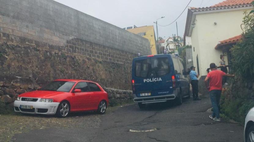 PSP e a ARAE encerram estabelecimento comercial em Santo António por suspeitas de tráfico de droga