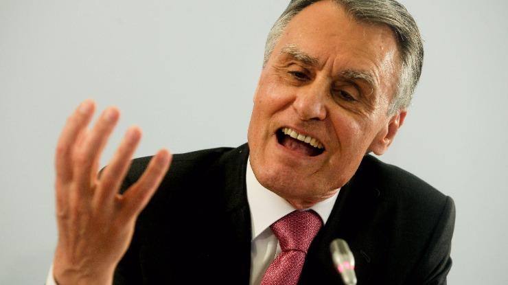 """Cavaco diz que """"perderam o pio"""" os que quiseram realizar revolução socialista nos governos"""