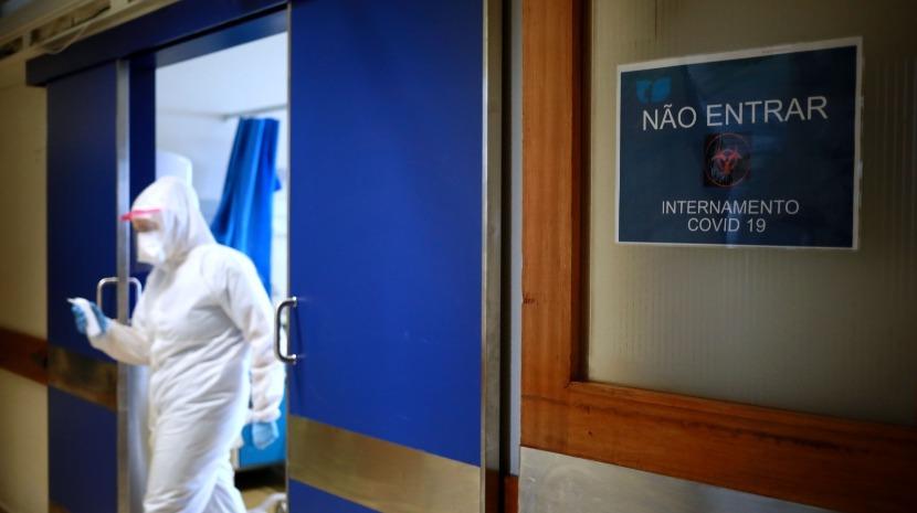 Covid-19: Portugal regista 828 casos e nove mortes