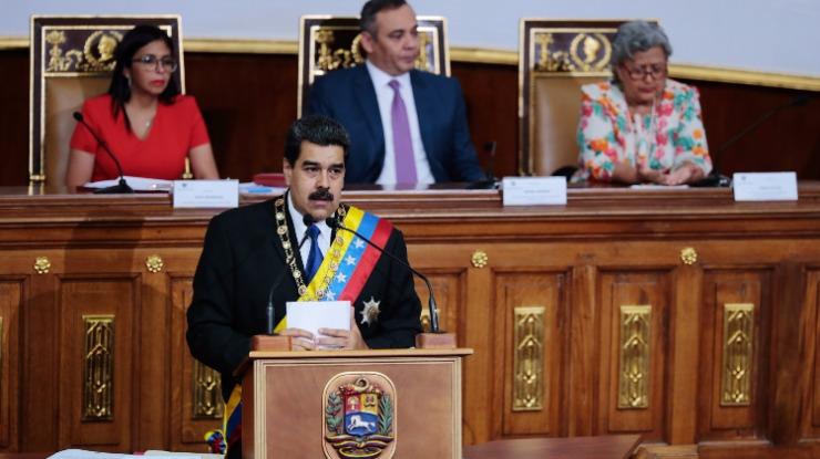 Venezuela: Maduro anuncia sistema de pagamentos alternativo ao dólar