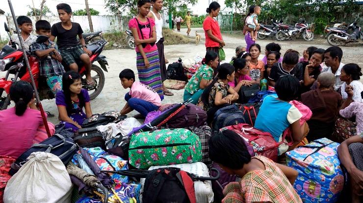 "Governo ""preocupado"" com violência na Birmânia mas sem referir povo rohingya"