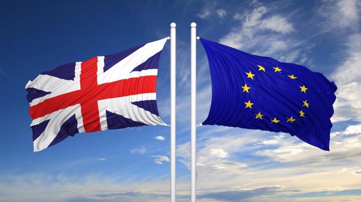 PE reúne-se a partir de segunda-feira com 'Brexit' em agenda
