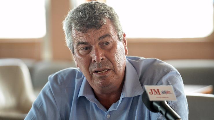 Idalino promete trabalho no Porto Santo