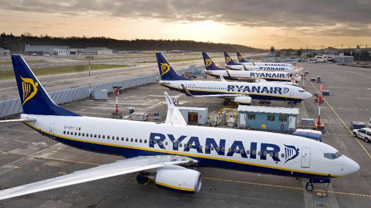 Ryanair teve 23 voos cancelados de 15 mil na última semana