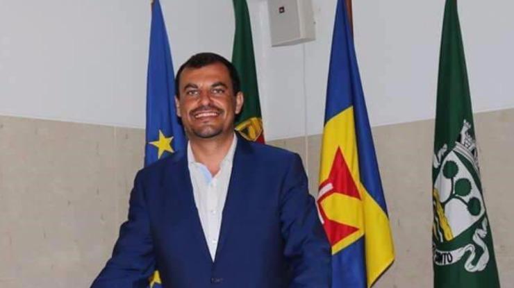 Menezes diz que não foi alvo de reparos do Tribunal de Contas