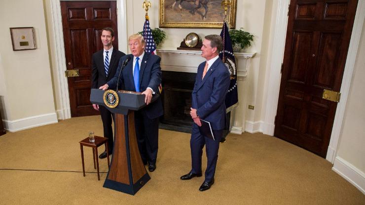 """Brad Parscale nega ter sido """"manipulado"""" pela Rússia durante a campanha de Trump"""