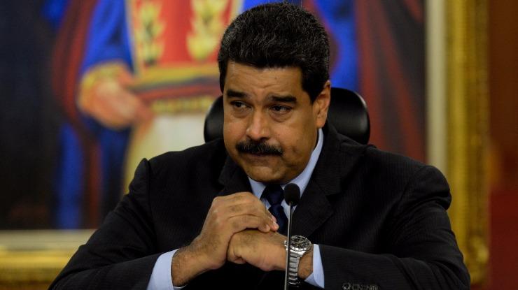 União Europeia estabelece embargo de armas à Venezuela