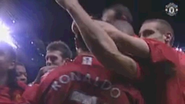 Vídeo: Manchester United recorda primeiro hat-trick de Ronaldo pelos 'red devils'