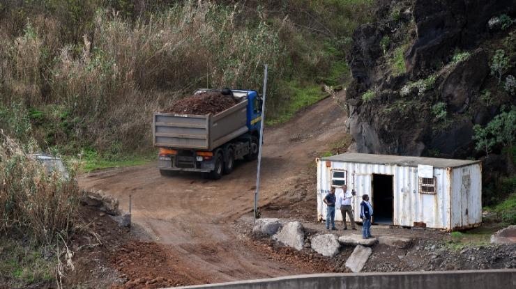DROTA esclarece deposição de resíduos no aterro marítimo do Porto Novo