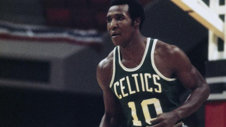 Antiga 'estrela' dos Boston Celtics Jo Jo White morre aos 71 anos