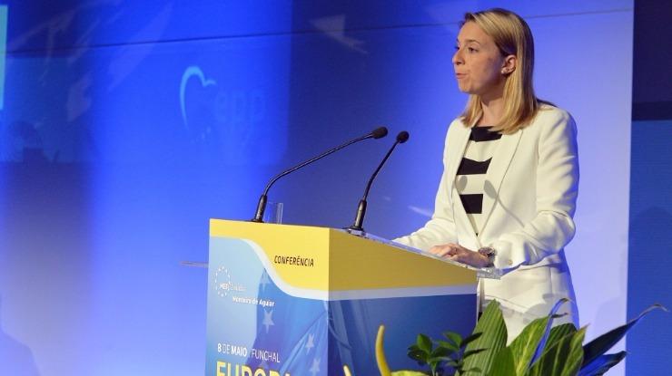 Cláudia Monteiro de Aguiar reúne indústria marítima em Bruxelas