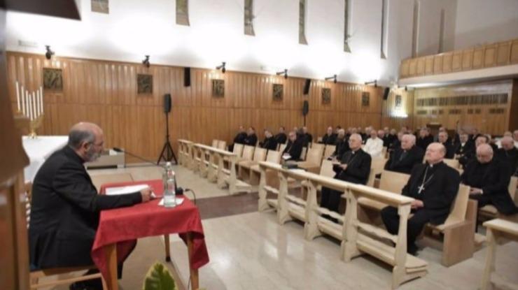 Conheça as primeiras reflexões de Tolentino Mendonça no retiro do Papa