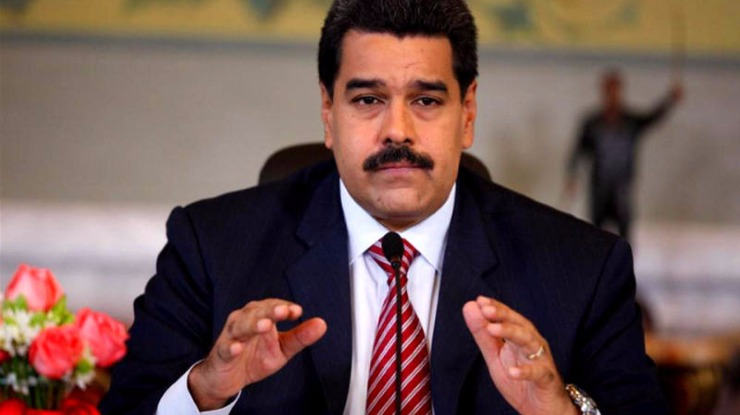 Maduro usa pela primeira vez linguagem gestual para enviar mensagem de paz ao país