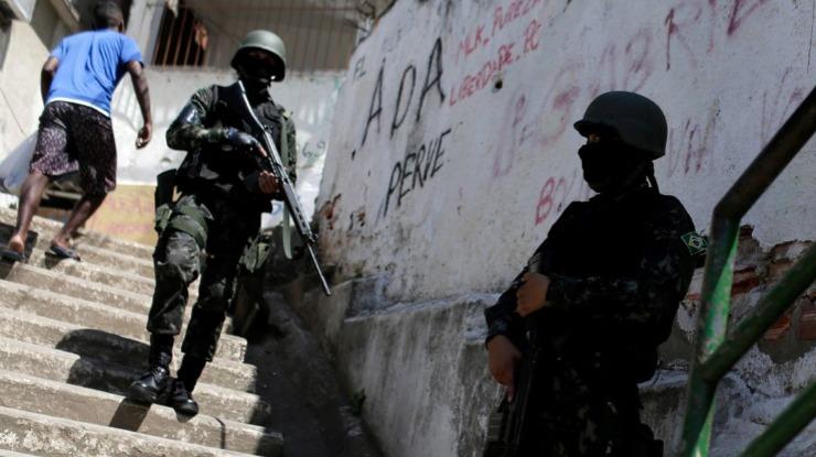 Defensoria do Rio de Janeiro acusa exército de fazer fichas ilegais de cidadãos