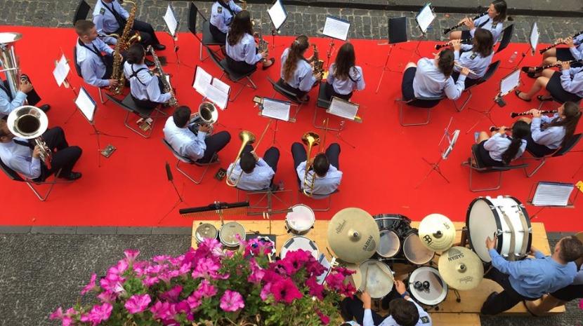 Banda Municipal de Santa Cruz e Banda Paroquial da Camacha juntas em concerto inédito