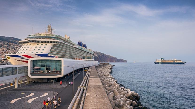 Empresa candidata ao ferry pede mais 40 dias