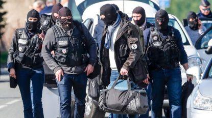Companheira de atacante morto suspeita de radicalização