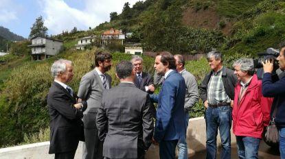 """É """"patético"""" Cafôfo ir a Lisboa resolver problemas de âmbito regional, diz Albuquerque"""