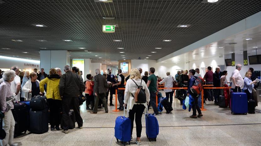 Polícia intervém no balcão da Transavia no Aeroporto da Madeira