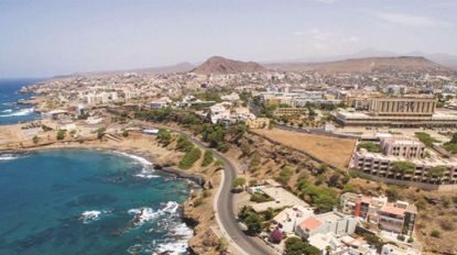 Presidentes de três câmaras madeirenses participam em jornadas em Cabo Verde