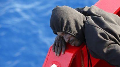Tunísia recupera 73 cadáveres de migrantes do naufrágio de barco no domingo