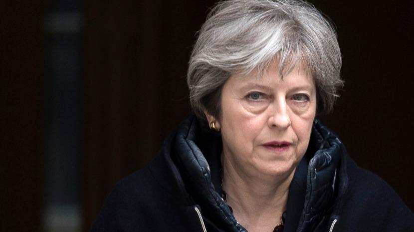 Brexit: Primeira-ministra britânica agradece contribuição de ministro demissionário
