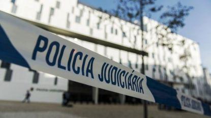 Mulher de professor esfaqueado detida por suspeita de homicídio