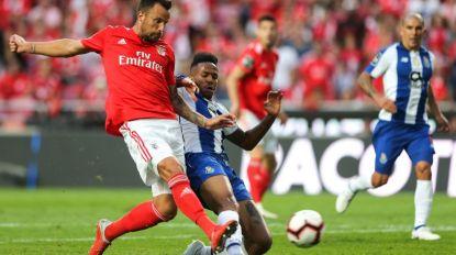 Benfica vence clássico e 'salta' para a liderança
