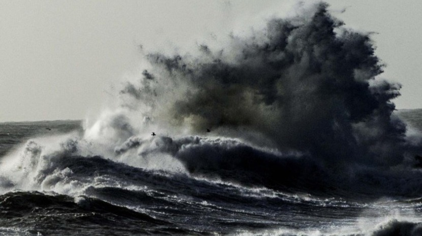 Reino Unido alerta cidadãos para passagem do furacão 'Leslie' na Madeira