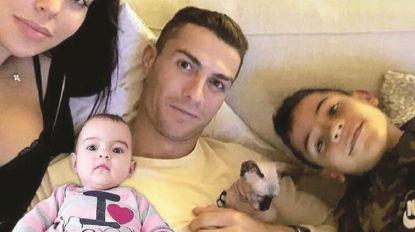 Ronaldo e Georgina assinalaram aniversário de Alana Martina