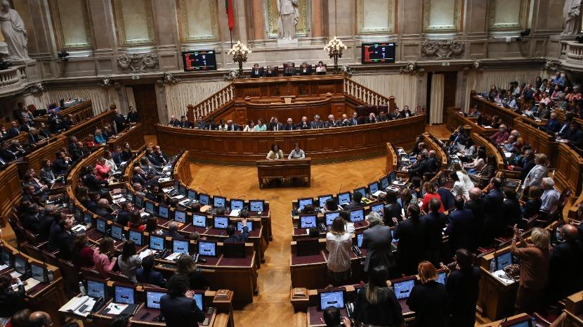 Deputados debatem na próxima semana legalização da canábis para uso recreativo