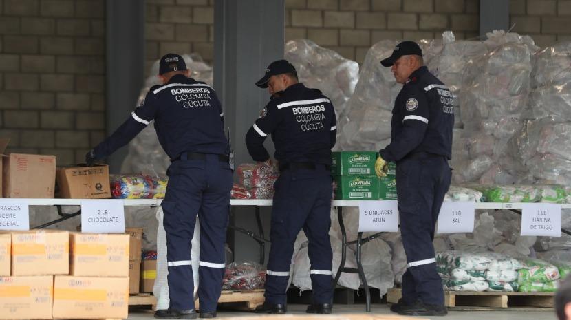 Ajuda humanitária para a Venezuela chega à Colômbia