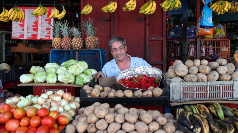 Venezuela: Lusodescendente diz que tem de mudar os preços todos os dias