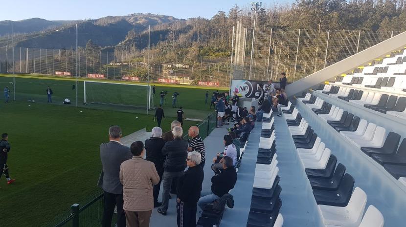 Adeptos do Nacional manifestam apoio à equipa após o 10-0 (Vídeo)