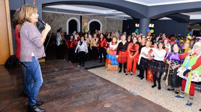 Ginásios e Centro Comunitário do Funchal em ambiente carnavalesco