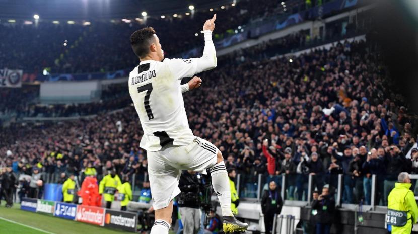 Imprensa internacional rende-se ao 'show' de Ronaldo