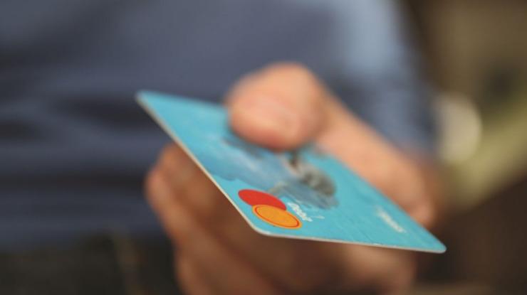 Bancos começam hoje a suportar custos de transações com cartões em vez dos comerciantes