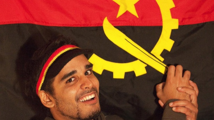 Ativista angolano Luaty Beirão conta a sua história na Feira do Livro do Funchal no domingo